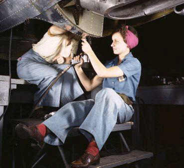 Rosie the Riveter: Women working on the Douglas Aircraft in WW2